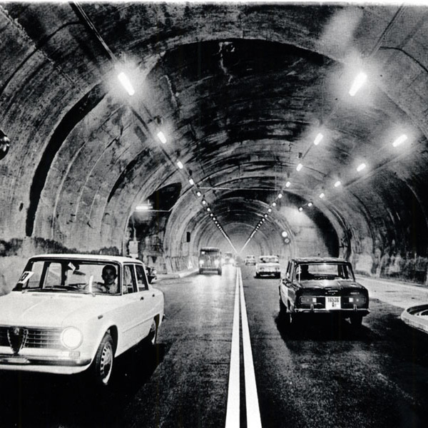 Delivery of the French section of the Mont Blanc Tunnel