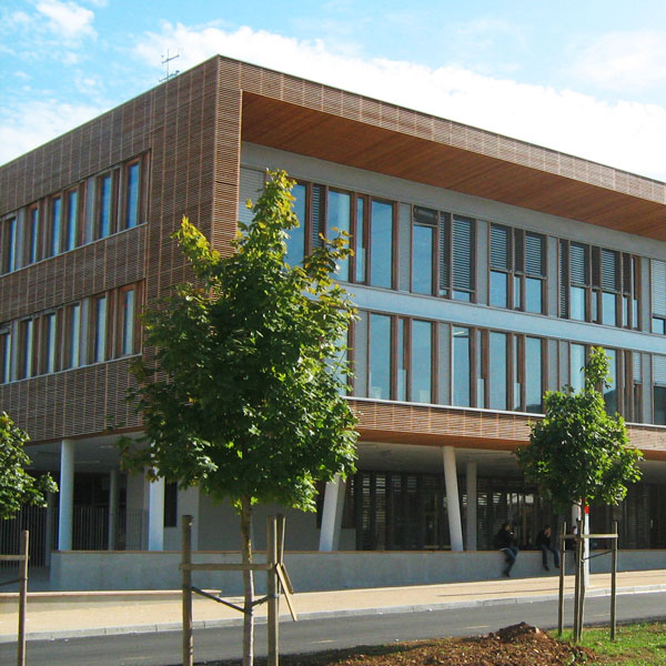 "Inauguration of the first European secondary school to be certified ""zero fossil fuel"""