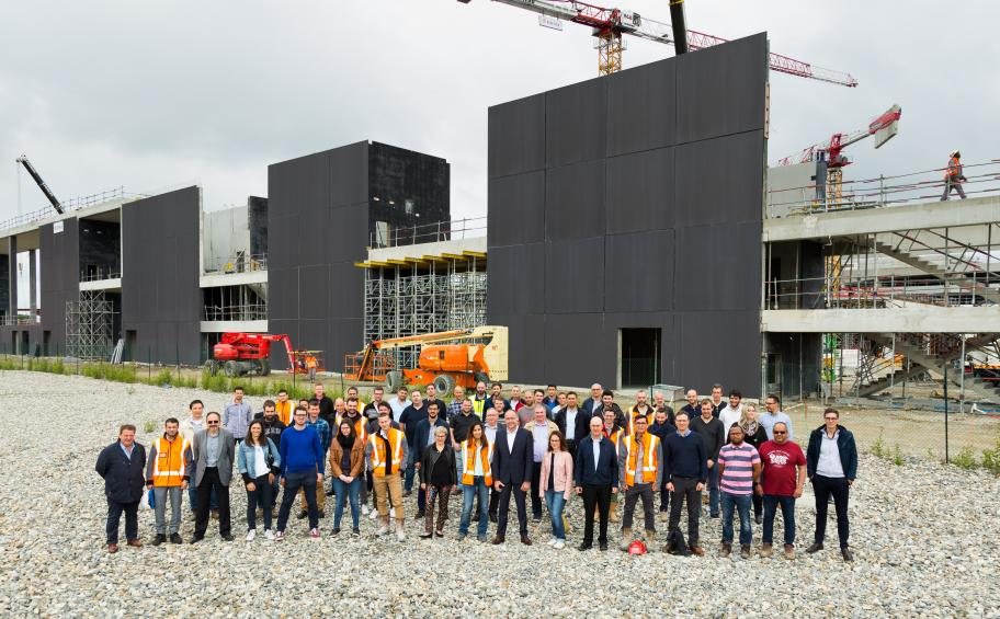 Occitanie region: he drivers and the directors works got acquainted on the construction site of the Exhibition center of Toulouse