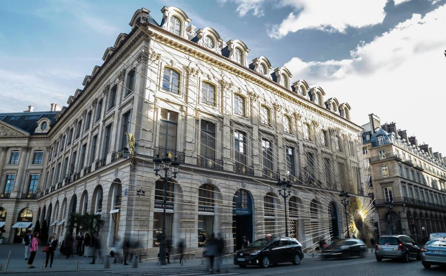 Pradeau Morin hand the keys over the new Louis Vuitton store at place Vendôme after 24 months of works