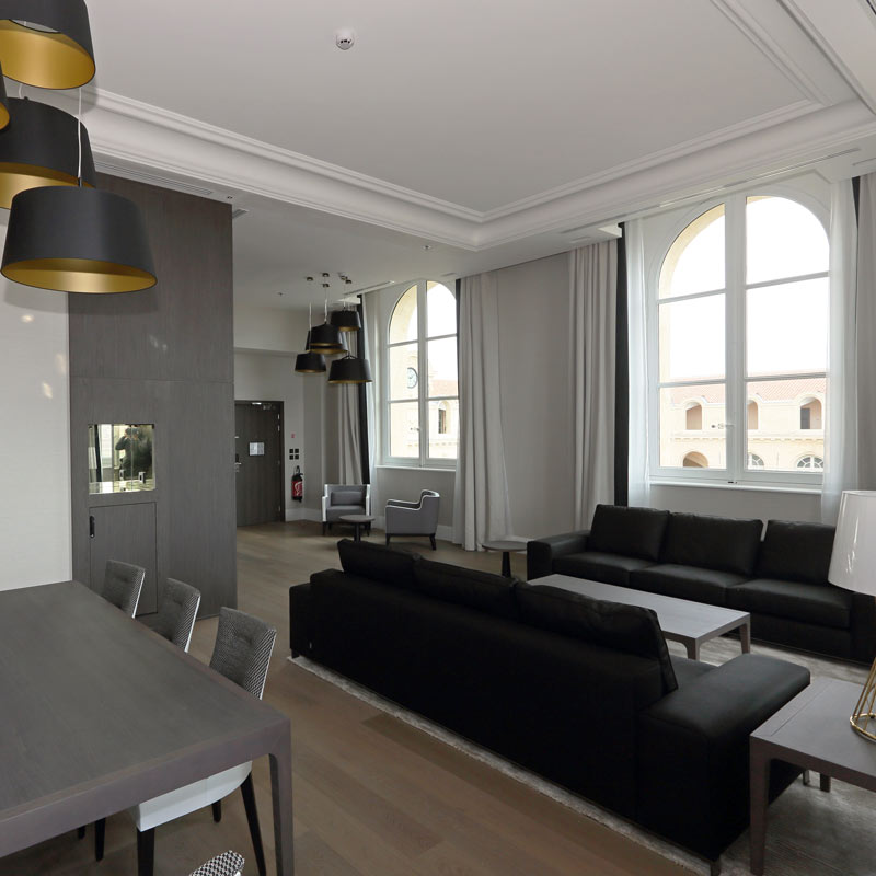 reconversion de l 39 h tel dieu de marseille. Black Bedroom Furniture Sets. Home Design Ideas